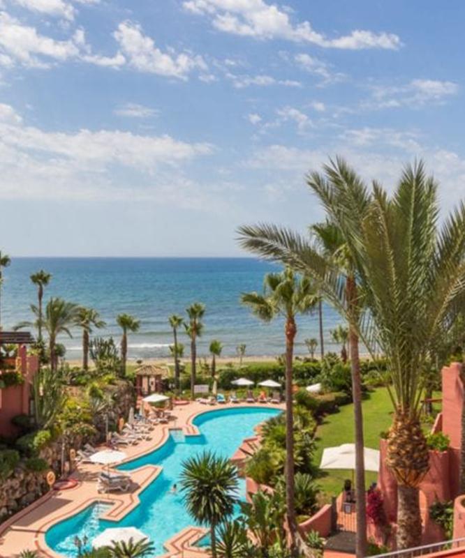 Beachfront properties - Estepona