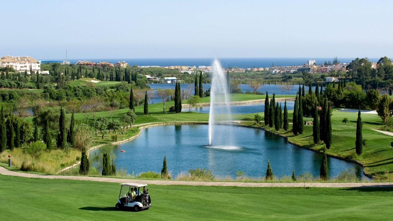 Los Flamingos golf properties